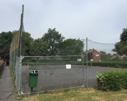 Tennisterrein Beekstraat